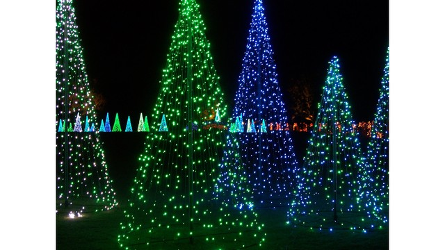 Christmas At Bellingrath Gardens and Home WKRG