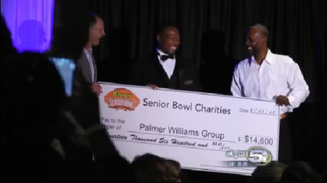 Emmitt Smith in Mobile to help Sherman Williams' charity
