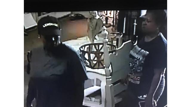 2 Women Wanted by Mobile Police After Stealing from Local Business