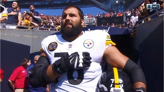e1b35c117 One Steelers Player Stands for National Anthem