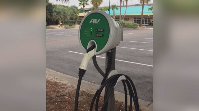 LuLu's Installs 5 Electric Car Charging Stations