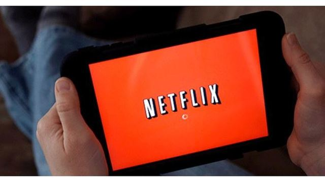 Netflix looks to hire binge-watchers to rate shows, movies