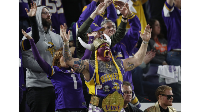 On Final Play, Vikings Beat the Saints to Advance to NFC Title Game