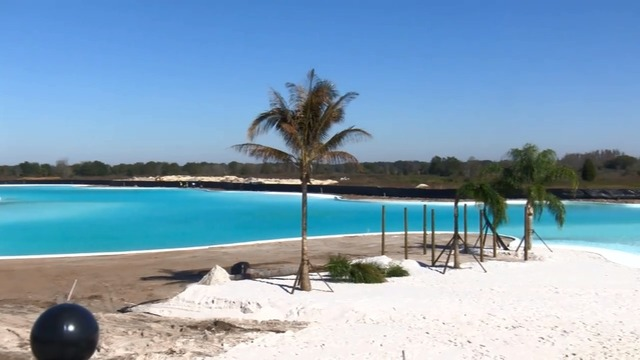 Nation's first Crystal Lagoon unveiled in Pasco County