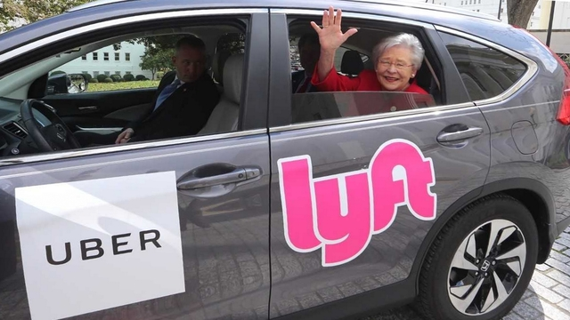 Governor Ivey signs bill allowing Uber, Lyft statewide in Alabama