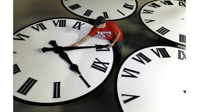 Florida Senate OKs bill for year-round Daylight Saving Time