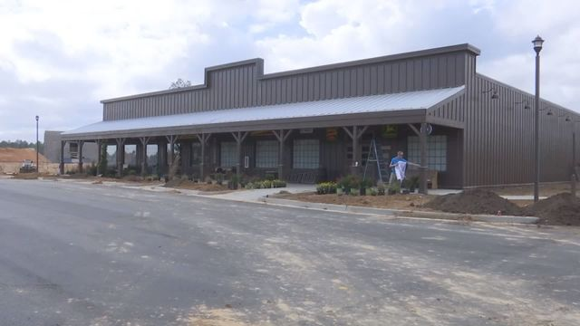 Cracker Barrel sets opening date for Saraland location