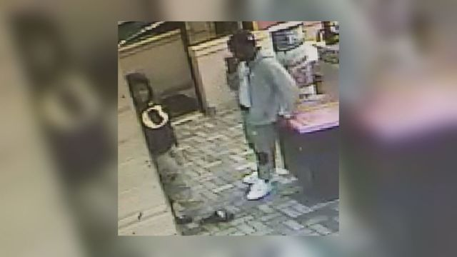 Suspects wanted for harassing fast food worker in Saraland