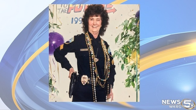 Fairhope's first ever female police officer dies at 82