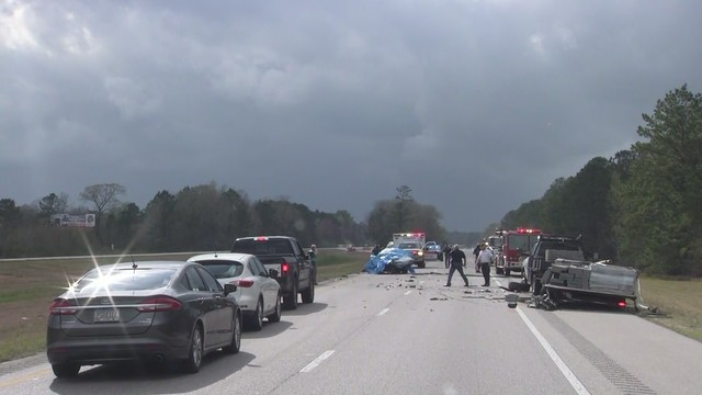 UPDATE: Fatal accident on I-65 southbound near Dolly Parton Bridge